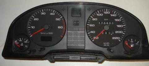Km teller Audi 80