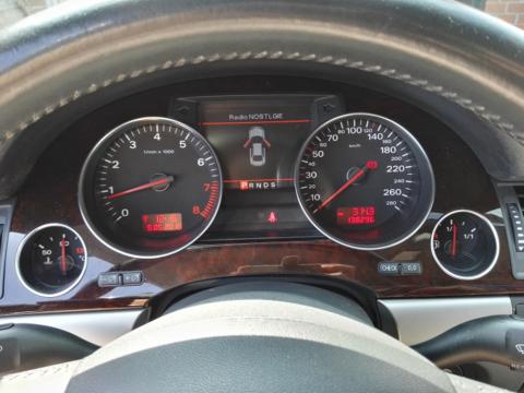 Instrumentenpaneel Audi A8 S8 2003-2009